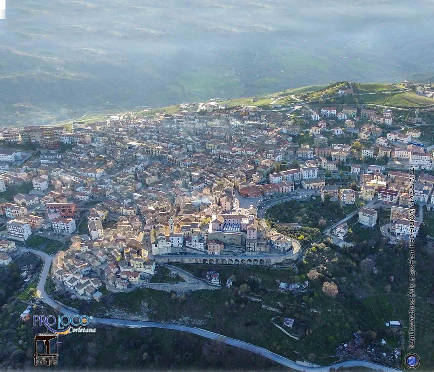 Foto dall'alto di Corleto Perticara