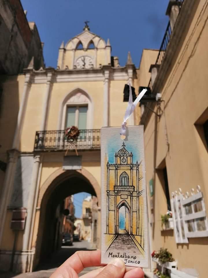 Arco dell'Orologio a Montalbano Jonico