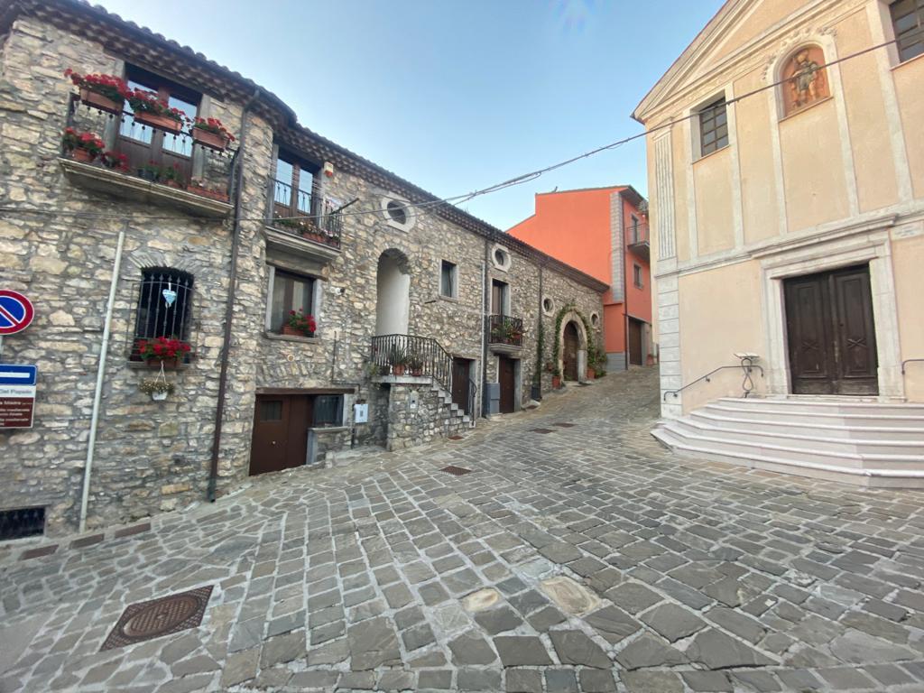 Sasso di Castalda
